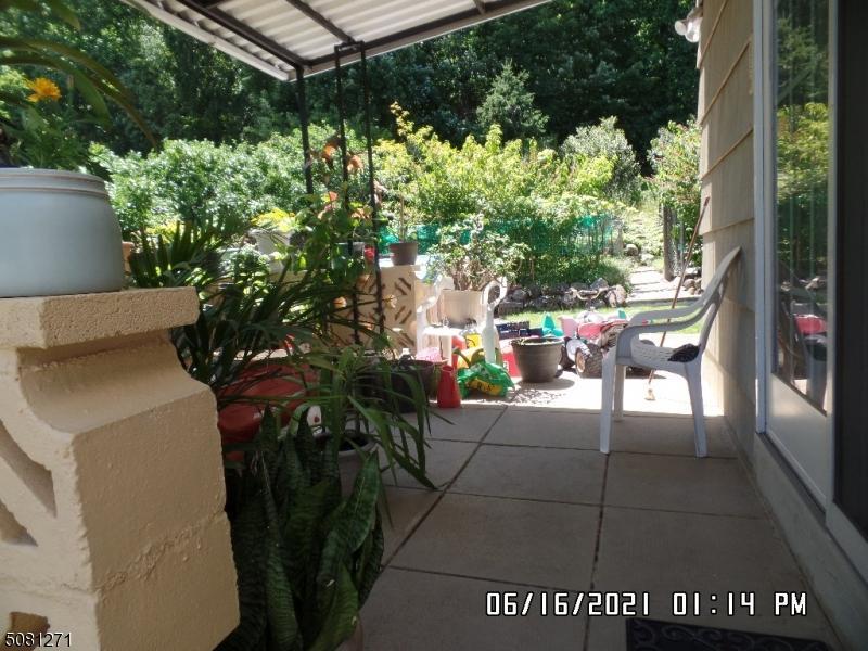 ../prop_photos/g/gsmls_3720962_061821_2.jpg